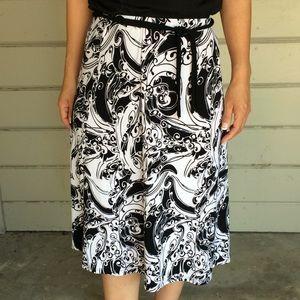 Midi White Black Patterned Skirt